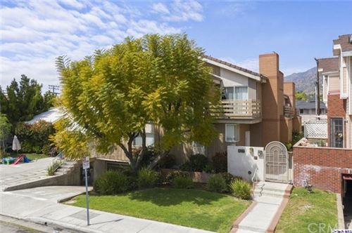Photo of 429 Palm Drive #4, Glendale, CA 91202 (MLS # 320005691)