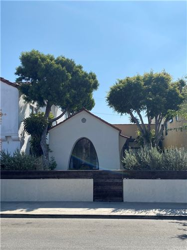 Photo of 112 Corona Avenue, Long Beach, CA 90803 (MLS # PW21205691)