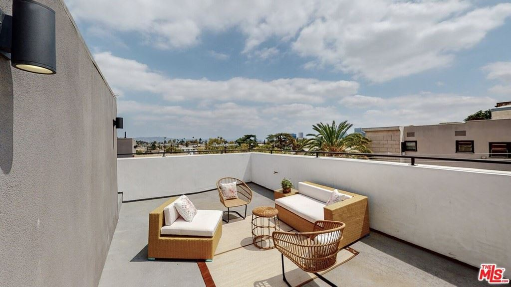 142 S Coronado Street, Los Angeles, CA 90057 - MLS#: 21787692