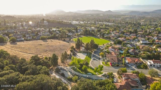 Photo of 299 Poplar Crest Avenue, Newbury Park, CA 91320 (MLS # 221002692)