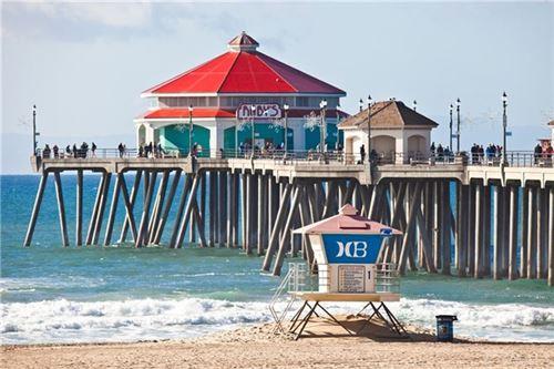 Tiny photo for 213 Baltimore, Huntington Beach, CA 92648 (MLS # OC20147693)