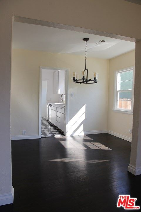 Photo of 3122 Oakhurst Avenue, Los Angeles, CA 90034 (MLS # 20666694)