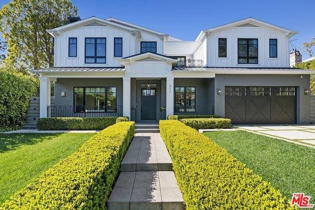 Photo of 311 N Saltair Avenue, Los Angeles, CA 90049 (MLS # 21690694)