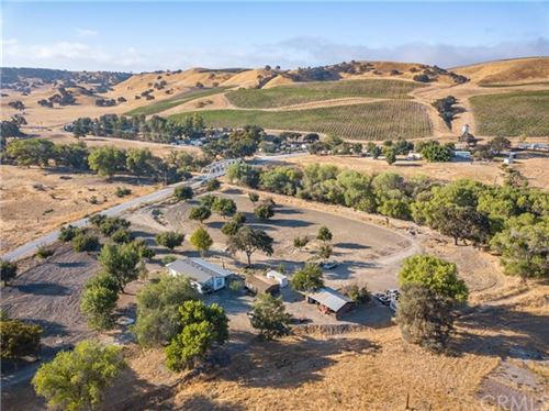 Photo of 295 Whitley Gardens Drive, Paso Robles, CA 93446 (MLS # NS20224695)