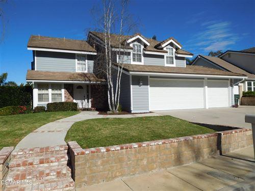 Photo of 1053 Meadowcrest Street, Newbury Park, CA 91320 (MLS # 221005696)