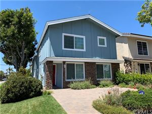 Photo of 601 Larkspur Avenue, Corona del Mar, CA 92625 (MLS # OC19196696)