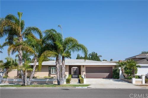Photo of 16652 Edgewater Lane, Huntington Beach, CA 92649 (MLS # OC20197696)