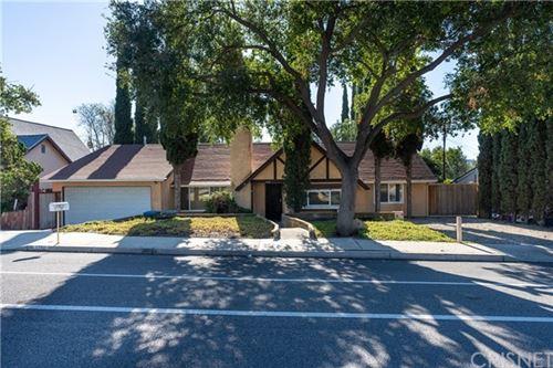 Photo of 1290 E Avenida De Los Arboles, Thousand Oaks, CA 91360 (MLS # SR20137696)