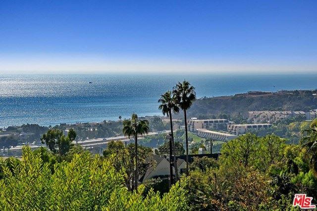 Photo of 23812 Malibu Crest Drive, Malibu, CA 90265 (MLS # 20659696)