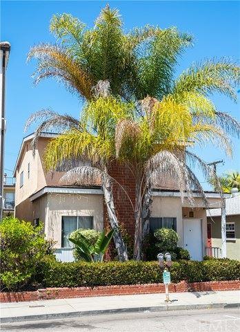 Photo of 107 Manhattan Avenue, Hermosa Beach, CA 90254 (MLS # SB20143697)