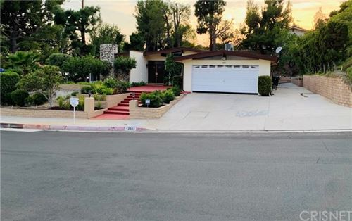 Photo of 12303 Mclennan Avenue, Granada Hills, CA 91344 (MLS # SR20166697)
