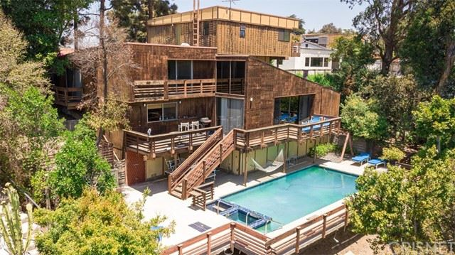 Photo of 3124 Floye Drive, Hollywood Hills, CA 90046 (MLS # SR21125697)