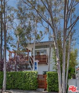Photo of 927 SUPERBA Avenue, Venice, CA 90291 (MLS # 19462698)