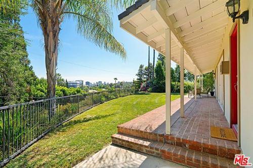 Photo of 16640 Oak View Drive, Encino, CA 91436 (MLS # 20646698)