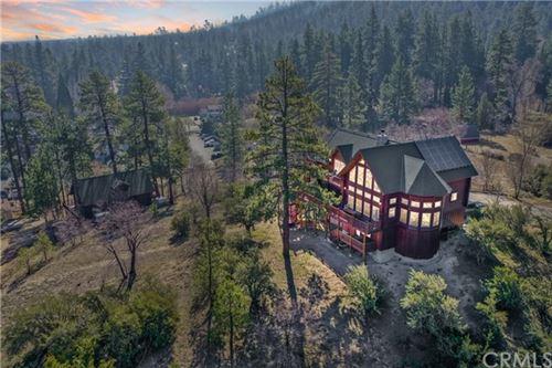 Photo of 861 Cameron Drive, Big Bear, CA 92315 (MLS # EV21069698)