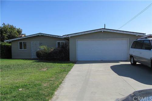 Photo of 520 E Mcfadden Avenue, Santa Ana, CA 92707 (MLS # PW21060698)