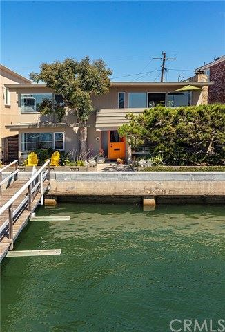 Photo of 204 S Bay Front, Newport Beach, CA 92662 (MLS # NP19252699)