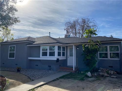 Photo of 6301 Canby Avenue, Tarzana, CA 91335 (MLS # SR21179699)
