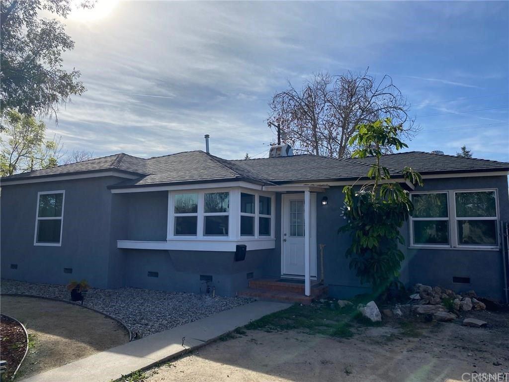 Photo for 6301 Canby Avenue, Tarzana, CA 91335 (MLS # SR21179699)