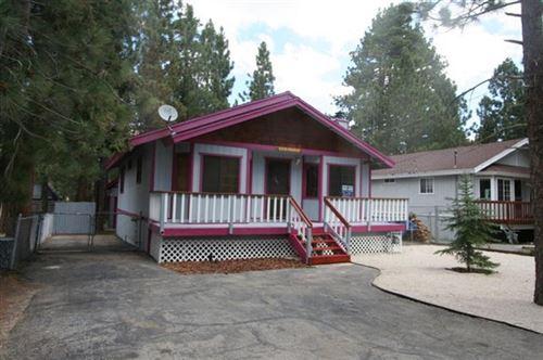 Photo of 617 E Meadow Lane, Big Bear, CA 92314 (MLS # 219061756PS)