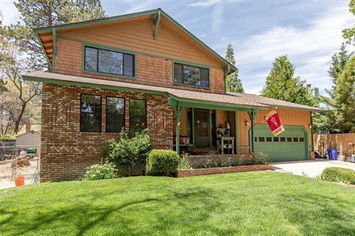 Photo of 368 Tannenbaum Drive, Big Bear, CA 92315 (MLS # 219062766PS)