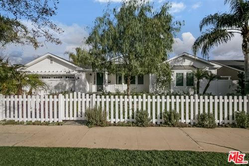 Photo of 4544 CAMELLIA Avenue, Studio City, CA 91602 (MLS # 20550700)