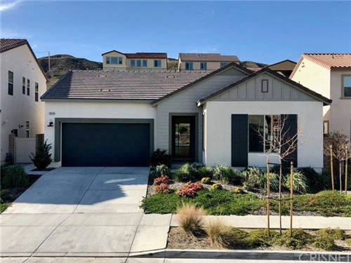 Photo of 18648 Cedar Crest Drive, Canyon Country, CA 91387 (MLS # SR20035700)