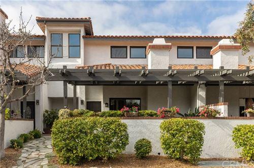 Photo of 7 Cordoba Court, Manhattan Beach, CA 90266 (MLS # SB21082701)