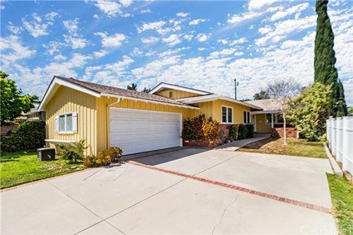 Photo of 17625 Ludlow Street, Granada Hills, CA 91344 (MLS # SR21080701)