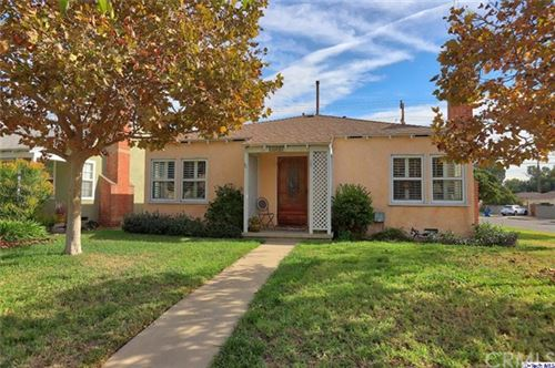 Photo of 1402 N Brighton Street, Burbank, CA 91506 (MLS # 319004703)