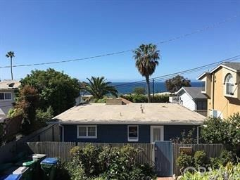 Photo of 31865 Seaview Street, Laguna Beach, CA 92651 (MLS # LG21102703)