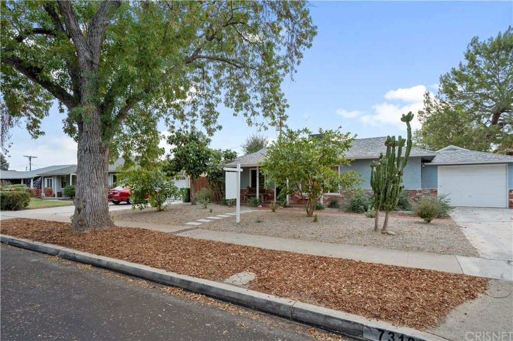 Photo of 7319 Shoshone Avenue, Lake Balboa, CA 91406 (MLS # SR21220703)