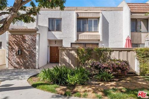 Photo of 5533 Edward E Horton Lane #17, Encino, CA 91316 (MLS # 21718704)