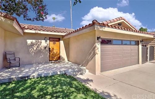 Photo of 10143 Amestoy Avenue, Northridge, CA 91325 (MLS # SR21074704)