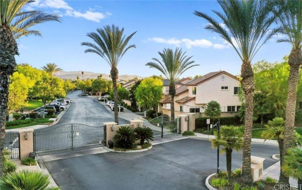 Photo of 469 Shootingstar Lane, Simi Valley, CA 93065 (MLS # SR21195704)