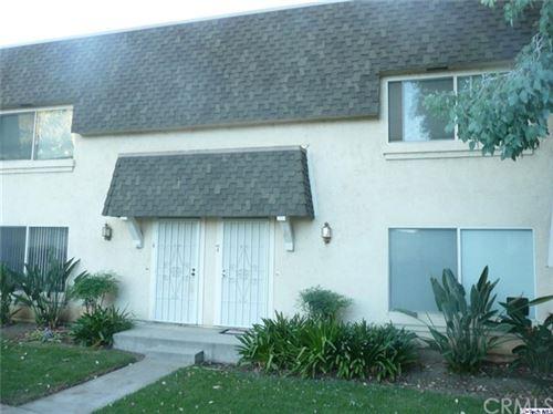 Photo of 19031 Hamlin Street #7, Reseda, CA 91335 (MLS # 320002705)