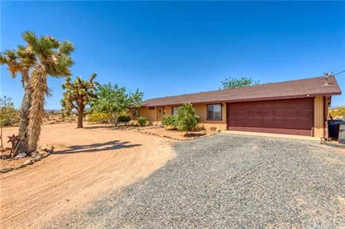 Photo of 3362 Julcrest Road, Yucca Valley, CA 92284 (MLS # JT21103705)