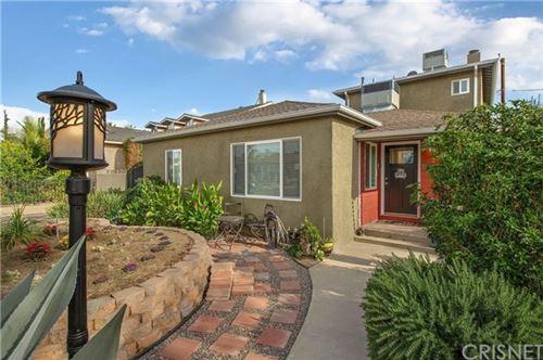 Photo of 722 N Sparks Street, Burbank, CA 91506 (MLS # SR21005705)