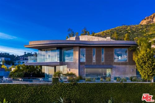 Photo of 1738 VIEWMONT Drive, Los Angeles, CA 90069 (MLS # 20550706)