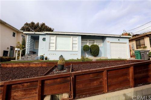 Photo of 825 Duncan Place, Manhattan Beach, CA 90266 (MLS # SB21007707)