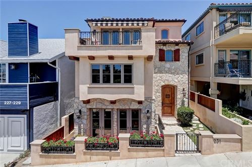 Photo of 231 29th Street, Hermosa Beach, CA 90254 (MLS # SB20113708)