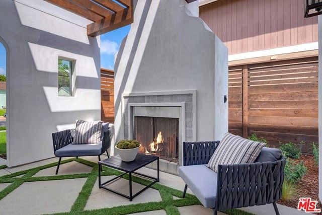 Photo of 12506 STANWOOD Place, Los Angeles, CA 90066 (MLS # 20581708)