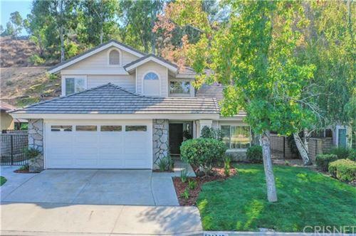Photo of 22132 Copper Hill Drive, Saugus, CA 91350 (MLS # SR20150709)