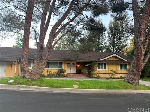 Photo of 4966 Palo Drive, Tarzana, CA 91356 (MLS # SR20241709)