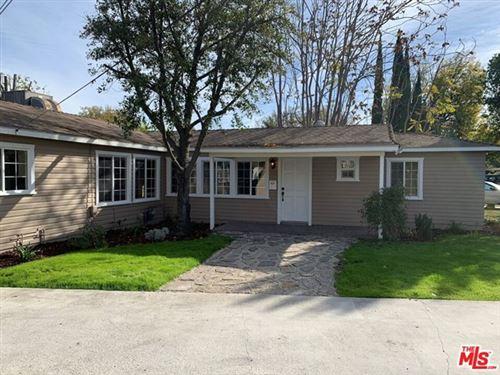 Photo of 6552 NAGLE Avenue, Valley Glen, CA 91401 (MLS # 20631710)