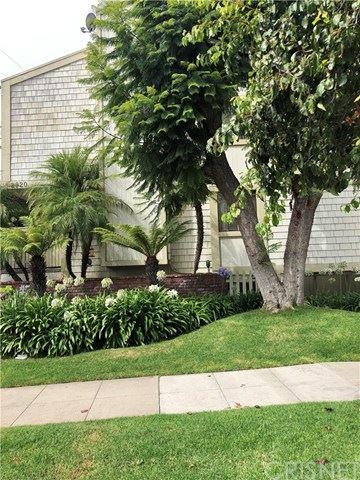 Photo of 2920 11th Street, Santa Monica, CA 90405 (MLS # SR21008710)