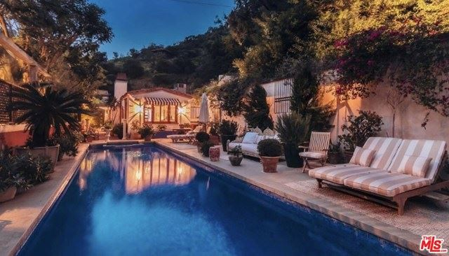 Photo of 10051 CIELO Drive, Beverly Hills, CA 90210 (MLS # 20575710)