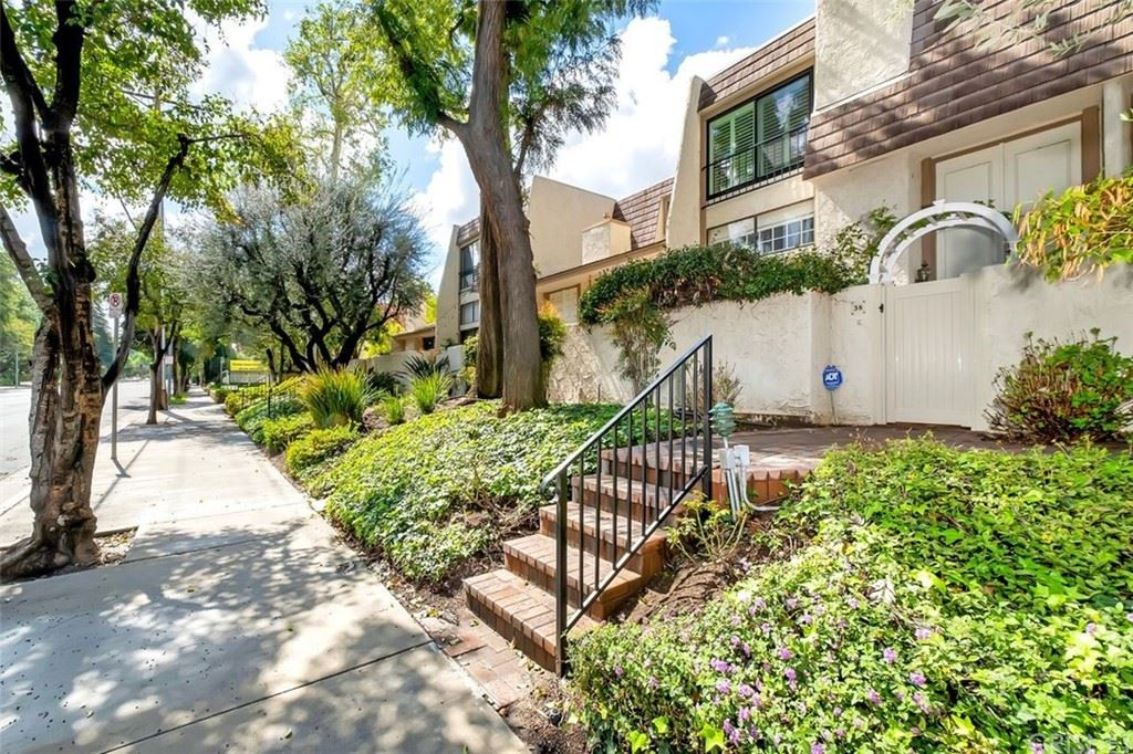 6121 Shoup Avenue #38, Woodland Hills, CA 91367 - MLS#: SR21203710