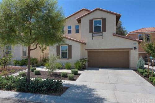 Photo of 26901 Trestles Drive, Canyon Country, CA 91351 (MLS # SR20188711)