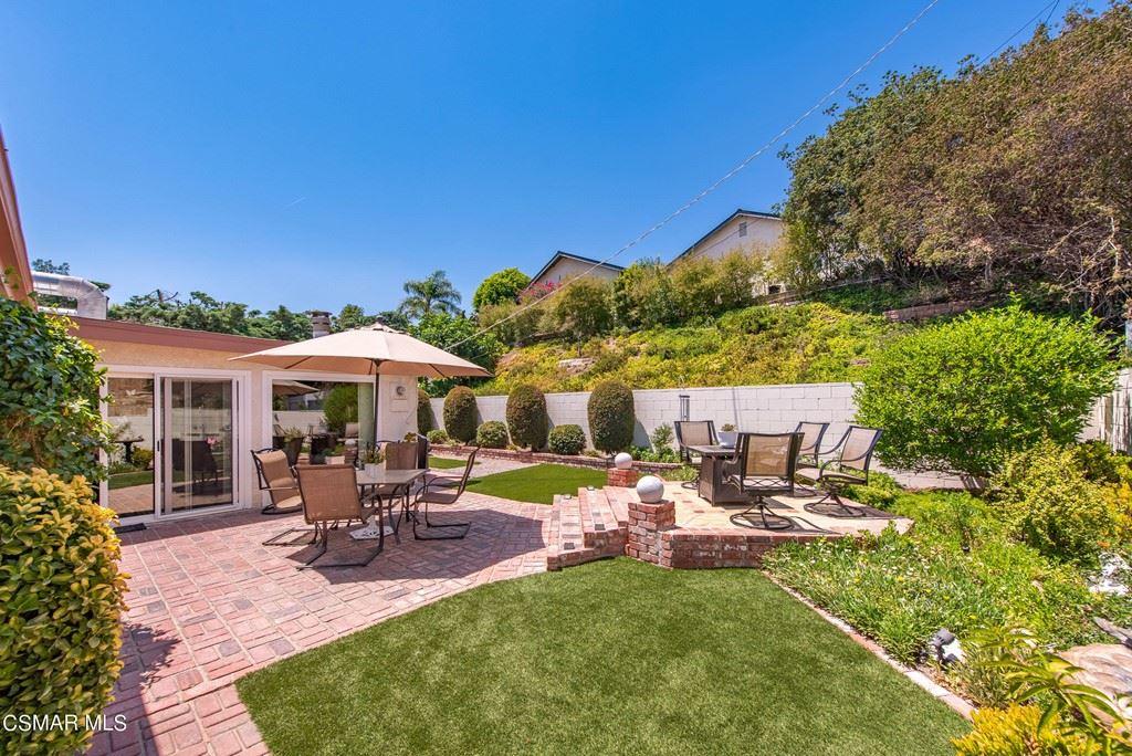 Photo of 16421 Gunther Street, Granada Hills, CA 91344 (MLS # 221003711)